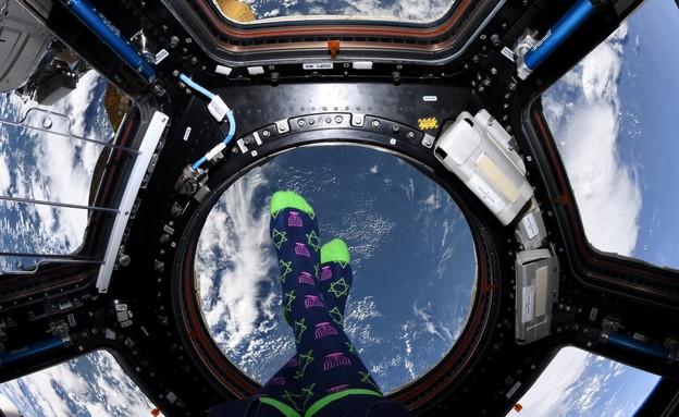 האסטרונאוטית היהודיה חוגגת את חנוכה בתחנת החלל (צילום: מתוך חשבון הטוויטר של ג'סיקה מאיר)