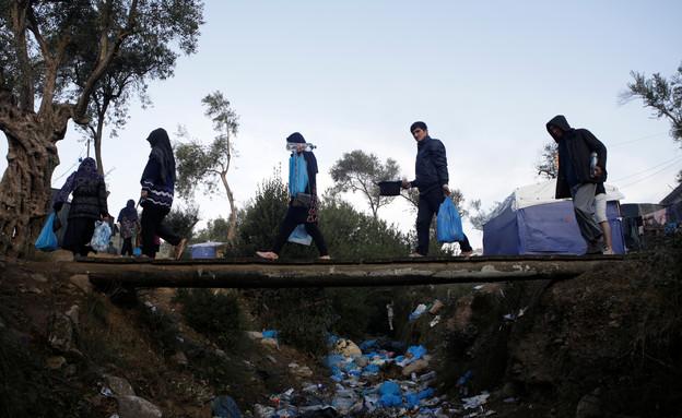 פליטים באי לסבוס