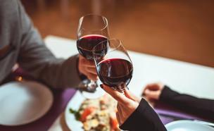 ארוחה במסעדה (צילום: shutterstock | Everett Historical)