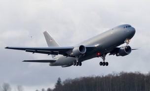 """מטוס התדלוק (צילום: חיל האוויר ארה""""ב)"""