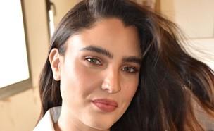 מור ממן מצטלמת למותג שלה, דצמבר 2019 (צילום: צ'ינו פפראצי)