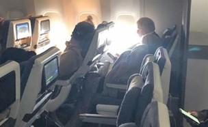 ראש ממשלת בריטניה וזוגתו טסים במחלקת תיירים
