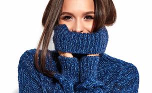 אישה בחורף עם סוודר (צילום:   Halay Alex, shutterstock)