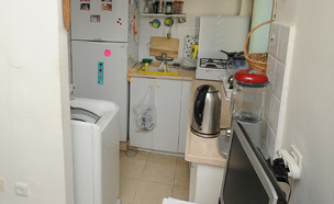 מחסן שמתחזה לדירה (צילום: איל יצהר, גלובס)