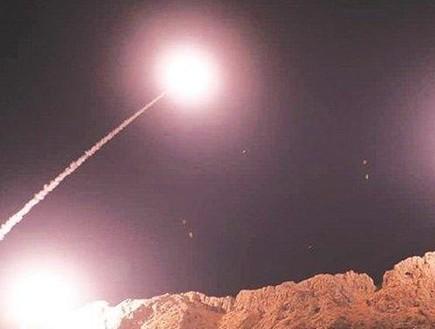 שיגור טילים אירניים לעבר בסיס אמריקני בעירק