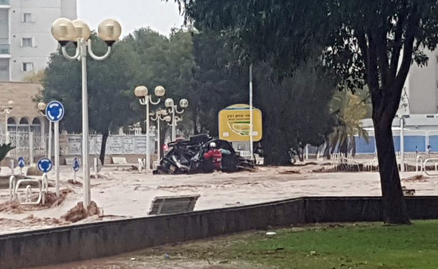 רכב הנעדר בהצפות בנהריה