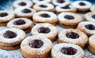 עוגיות טבעוניות מוכנות (צילום: אורי שביט, אוכל טוב)