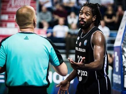 הולנד. היחיד שעוד ניסה (FIBA)