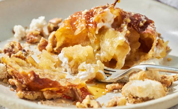 פודינג תפוחי עץ עם אגוזים מסוכרים  (צילום: אמיר מנחם, אוכל טוב)