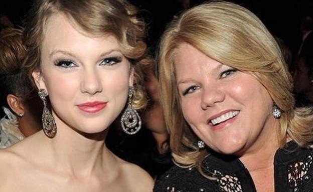 """טיילור סוויפט ואמא שלה (צילום: מתוך עמוד האינסטגרם """"i_love_taylor_30"""")"""