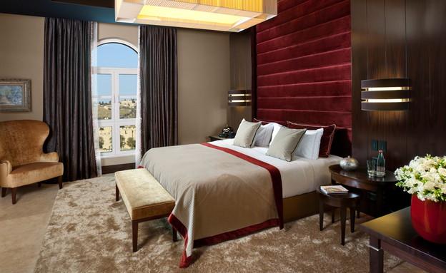 משלחות ירושלים, חדר שינה בסוויטת ירושלים במלון המלך דוד (צילום: אורי אקרמן)