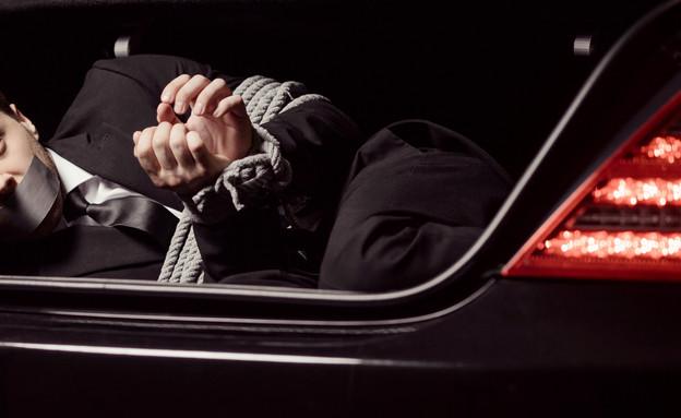 גבר נחטף (צילום: shutterstock | BlueSkyImage)