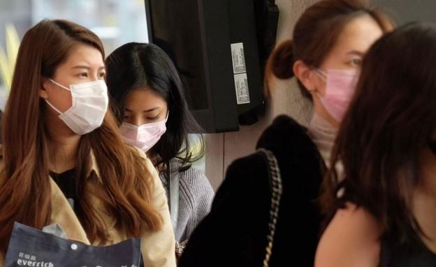 המאבק בהתפשטות הווירוס המסתורי בסין (צילום: SKY NEWS)