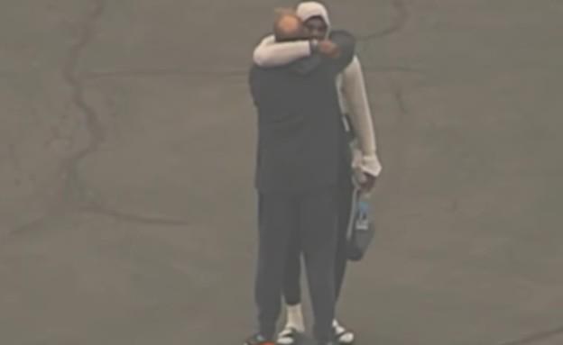 לברון בוכה (צילום: youtube/12 News)