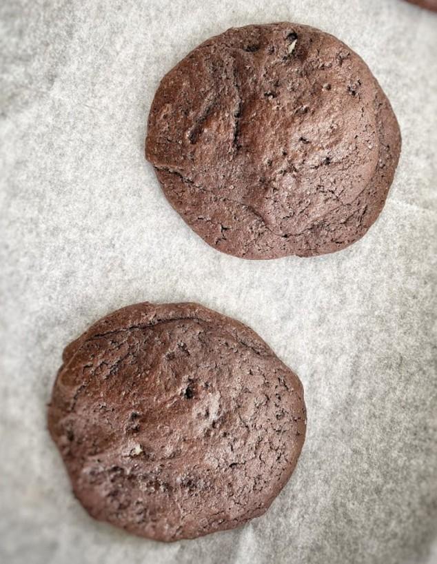 עוגיות אמסטרדם אפויות עם הפתעה בפנים