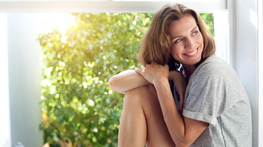 אישה שמחה (צילום:  mimagephotography, shutterstock)