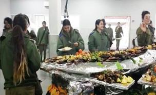 חדר האוכל במחנה 80 (צילום: החדשות 12)
