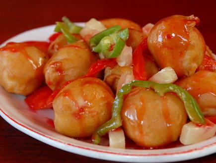 עוף חמוץ מתוק של הסינית האדומה (צילום:  יחסי ציבור )