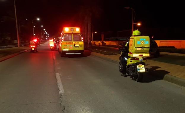 רוכב אופנוע בן 25 נהרג בתאונת דרכים באשדוד (צילום: תיעוד מבצעי מד