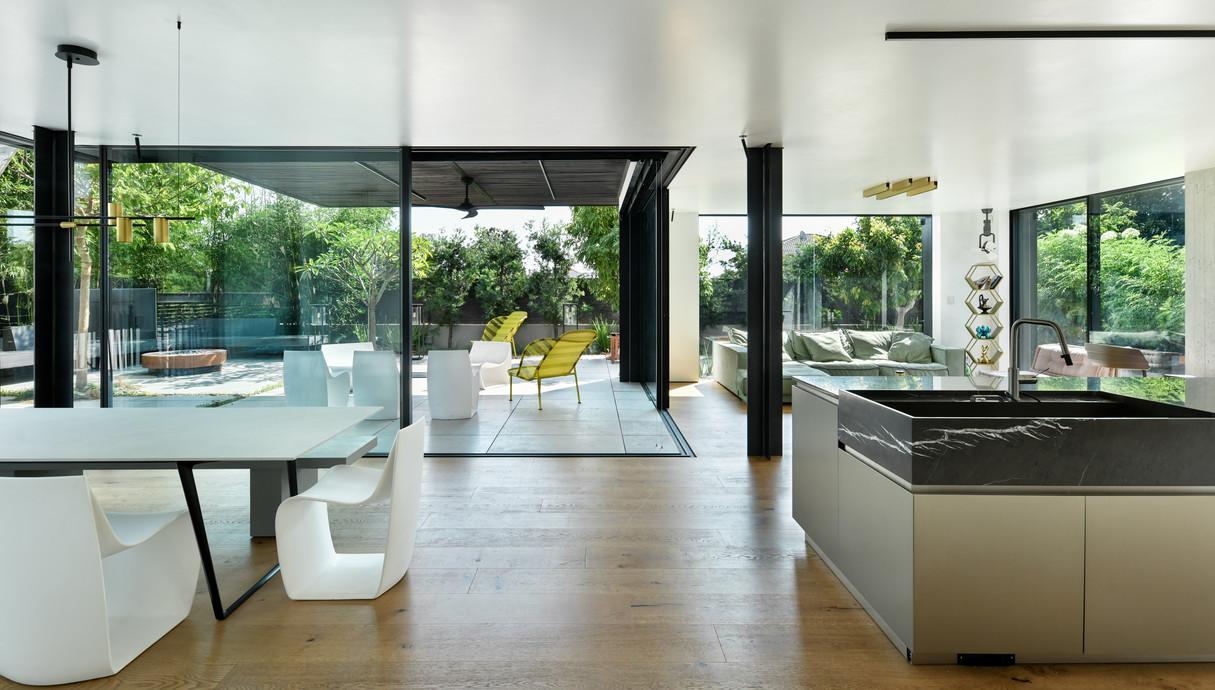 בית בשרון, עיצוב ירון אלדד - 12