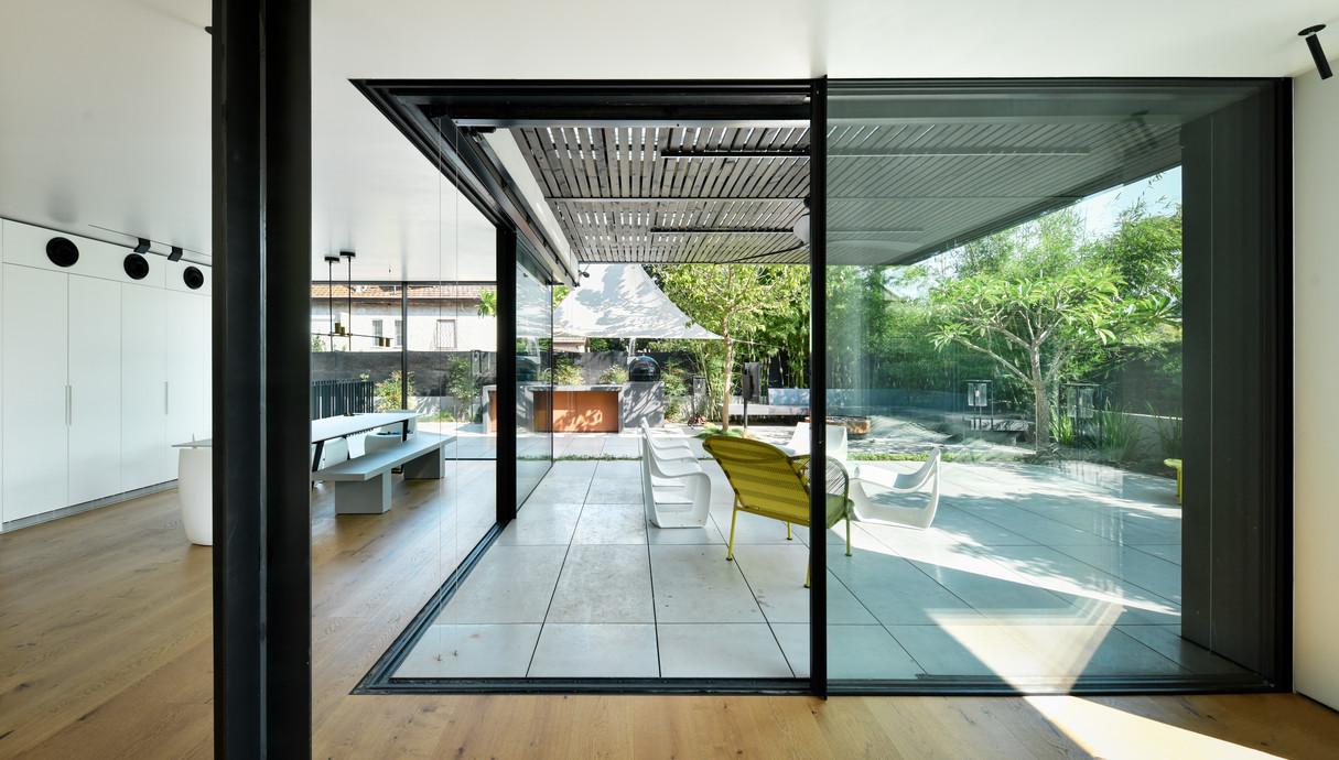 בית בשרון, עיצוב ירון אלדד - 16