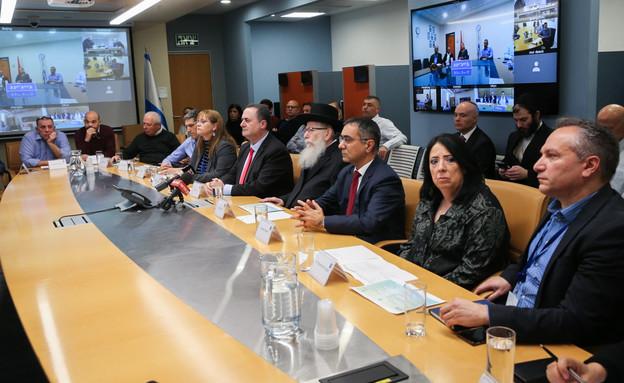 ישראל כץ ויעקב ליצמן בהערכת מצבעל הקורונה