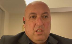 """נציג משרד הבריאות איתמר גרוטו מדווח מיפן (צילום: מתוך """"חדשות הבוקר"""" , קשת 12)"""