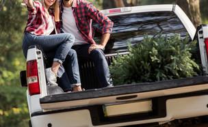 זוג ברכב (צילום: shutterstock | LightField Studios)