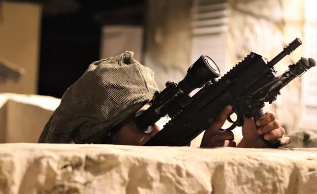הלוחמים בפעולה (צילום: שי לוי)