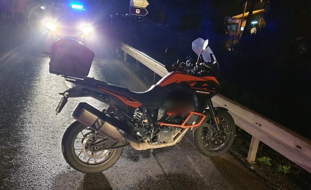 תאונת אופנוע בעין חרוד  (צילום: דוברות משטרת ישראל)