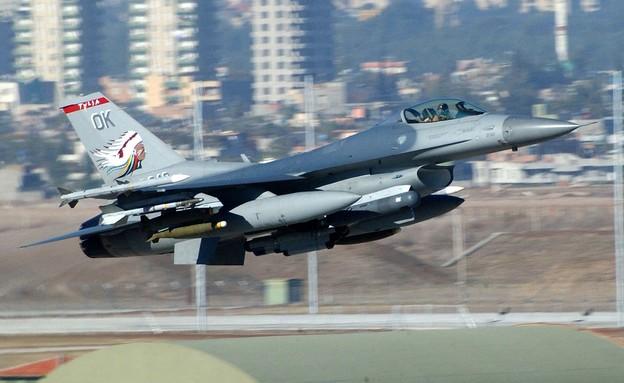 מטוס הקרב ממריא (צילום: S. Sgt. Jason W. Gamble, GettyImages)