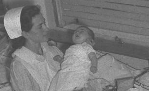 """תינוקות מקום המדינה  (צילום: הנס פין לע""""מ; חן לאופולד, פלאש 90)"""