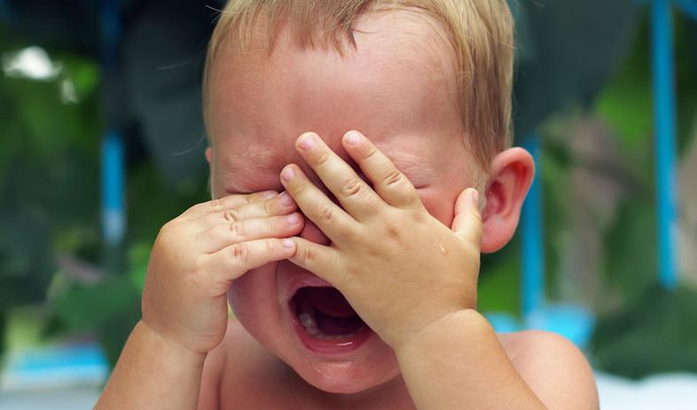 תינוק בוכה (צילום: Olesia Bilkei, shutterstock)