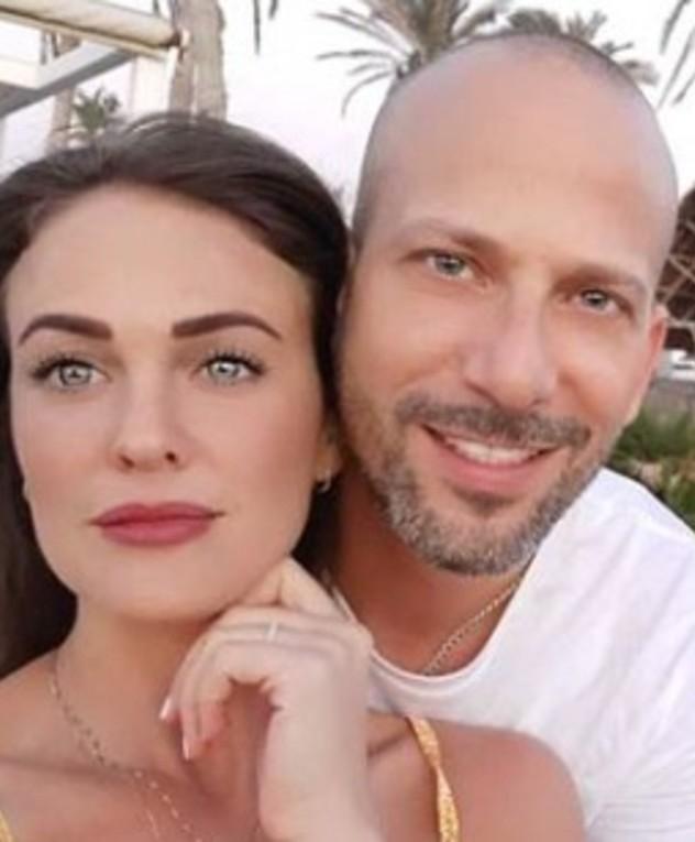 עידו חמדי ובת הזוג, פברואר 2020