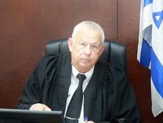 """הפגישה הסודית של השופט עזריה אלקלעי - אקסטרה 1 (צילום: מתוך """"עובדה"""", קשת 12)"""