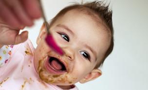 תינוק אוכל  (צילום: צילום מסך מתוך ווטסאפ)