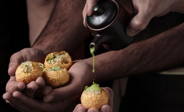 פאפאסאן. כדורי פורי הודיים (צילום: אנטולי מיכאלו, יחסי ציבור)