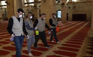 חיטוי מסגדי הר הבית עקב נגיף הקורונה