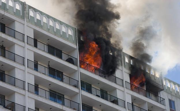 שריפה אילוסטרציה (צילום: chris kolaczan, Shutterstock)