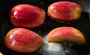 סלט וולדורף - מזהיבים תפוחים (צילום: אמיר מנחם, אוכל טוב)