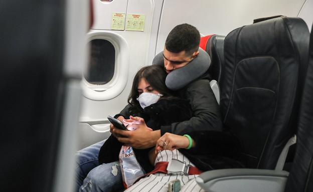 קורונה במטוס לישראל