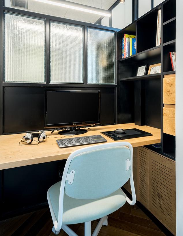 משרד ביתי 3, ג, עיצוב RUST Architects (צילום: יואב פלד)
