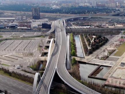 כבישים ריקים באיטליה (צילום: רויטרס)