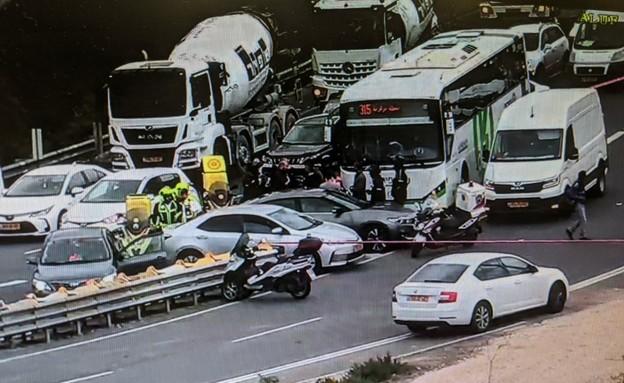 פציעת נהג אוטובוס (צילום: נתיבי ישראל)