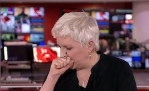 קארי גרייסי משתעלת (צילום: BBC)