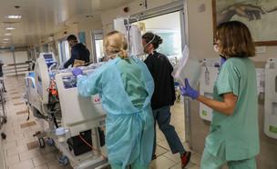 חולה קורונה בבית החולים (צילום: יוסי זמיר, N12)