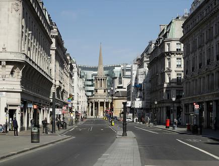 נכנסה להסגר: רחובות לונדון ריקים מאדם