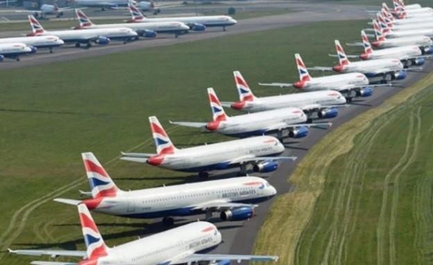 מטוסים מושבתים (צילום: טוויטר)
