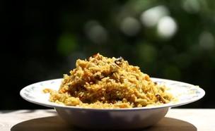 אורז מוקפץ עם עוף וירקות (צילום: רועי ברקוביץ)