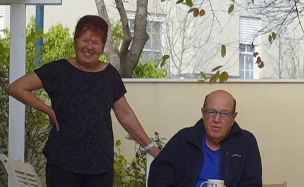 """טוביה צפיר מחלים מהקורונה (צילום: מתוך """"עובדה"""", קשת 12)"""